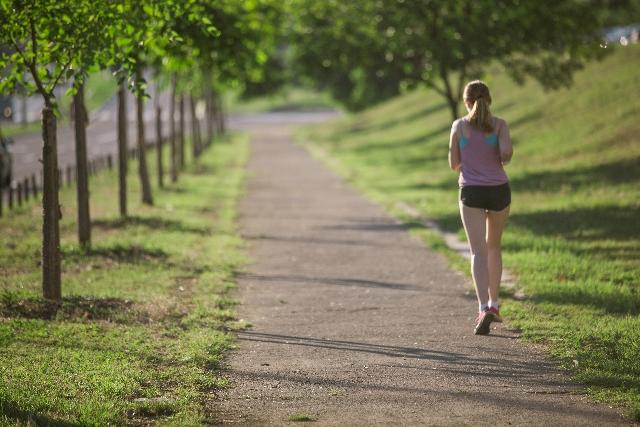 快眠のための日中の適度な運動法